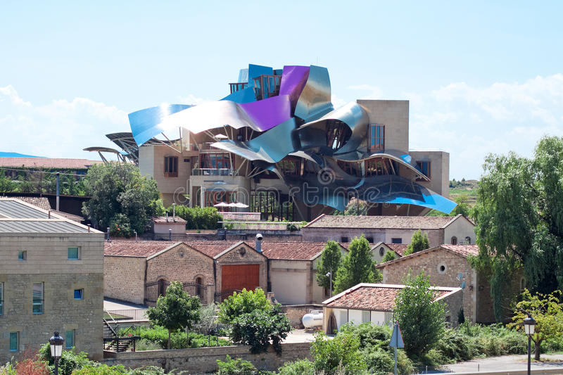ELCIEGO, SPAIN - AUGUST 15: The modern winery of Marques de Risc. Al in Elciego, Basque Country, Spain 2013. проект Frank Gehry, was built in 2007 stock photography