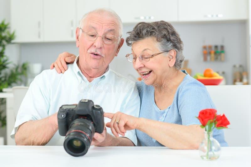 Kansas Australian Seniors Singles Online Dating Website