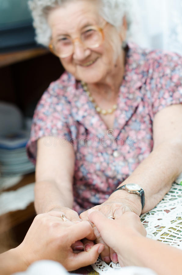 Free Elderly Pair Of Hands Royalty Free Stock Image - 36527536