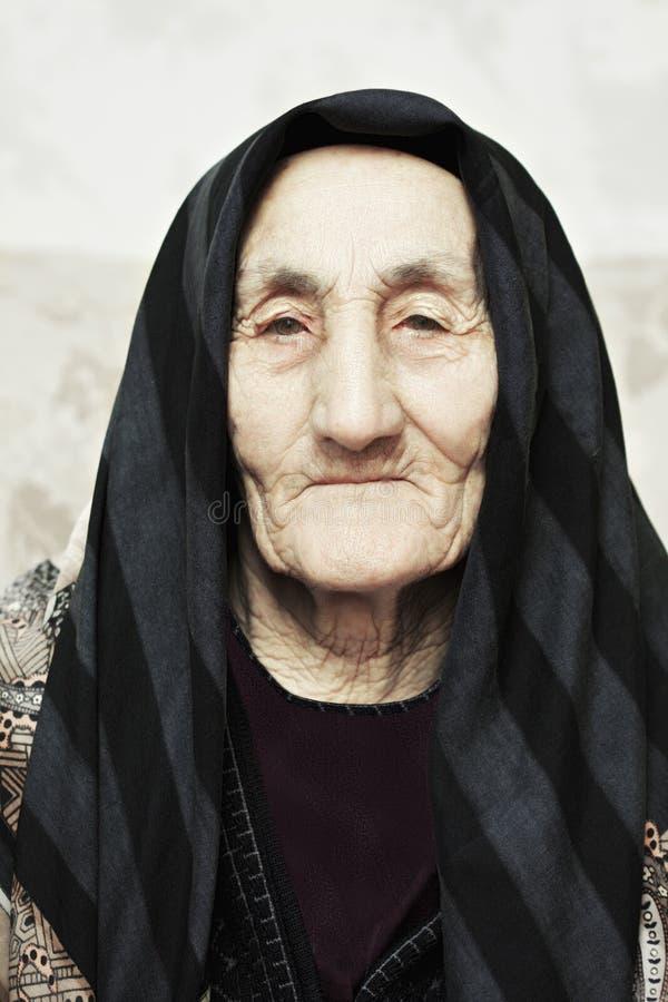 elderly serious woman στοκ φωτογραφία