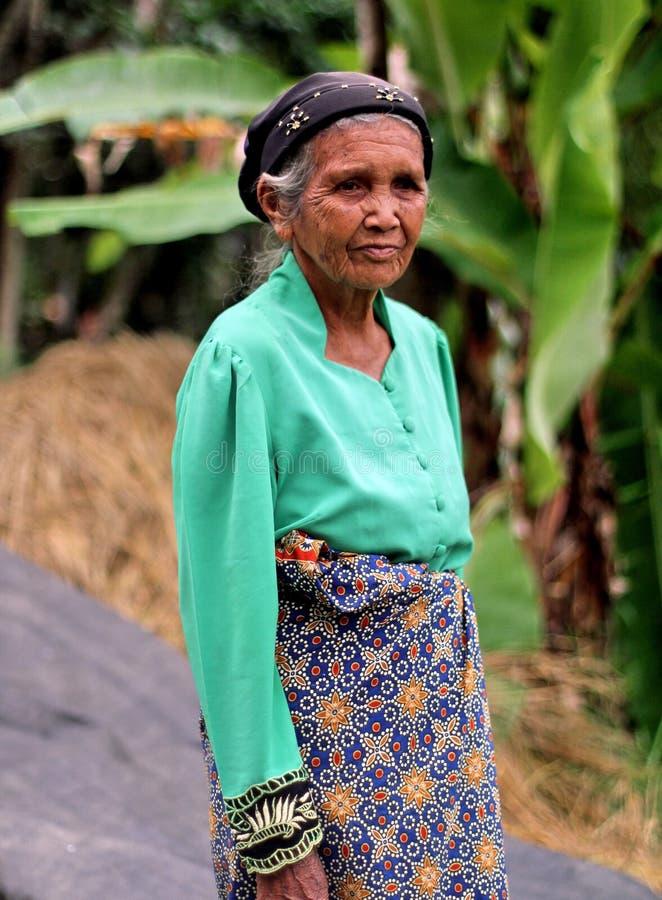 ELDERY妇女画象在印度尼西亚 库存照片