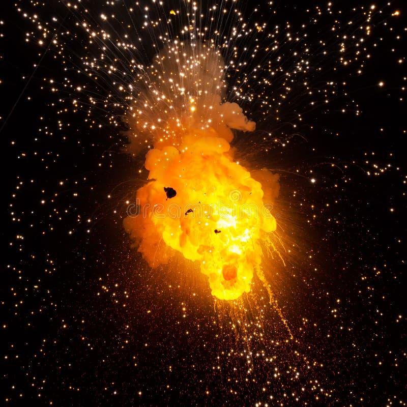 Eldkula: explosion explosion arkivfoton