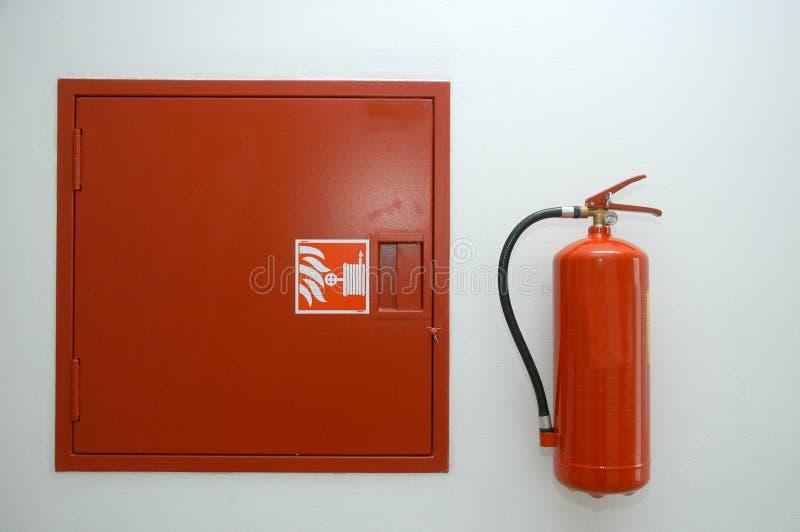 eldsläckarebrand arkivbilder