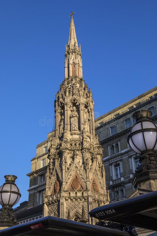 Eleanor Cross in Charing Cross in Londen stock foto