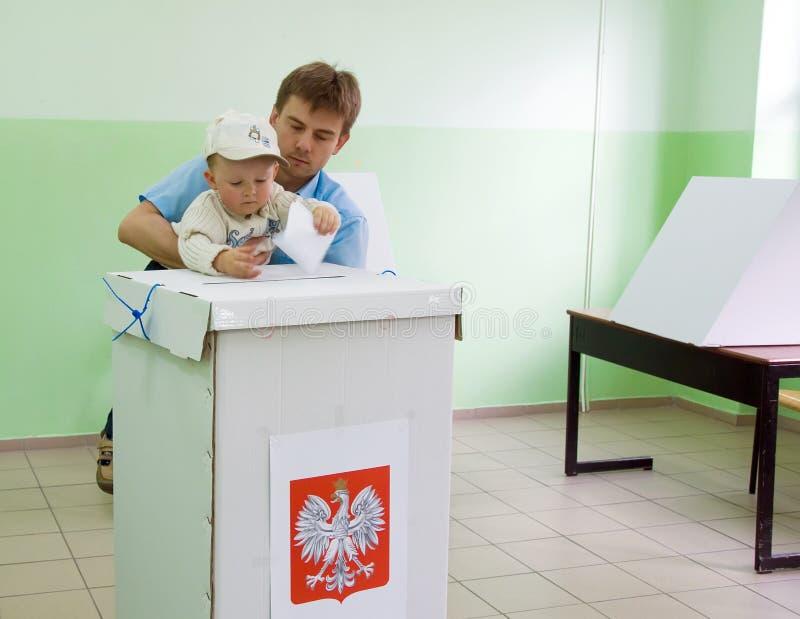 Elección presidencial de Polonia - primer voto redondo imagen de archivo libre de regalías