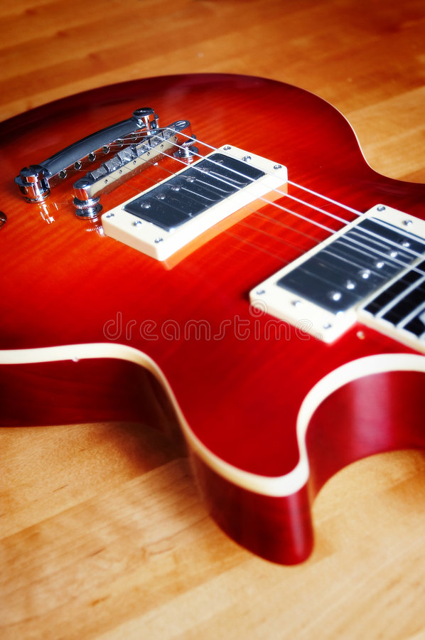 Free Electric Guitar Stock Photography - 1397622