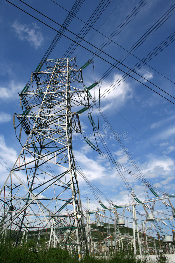 Free Electricity Power Pylon Royalty Free Stock Photography - 6085487