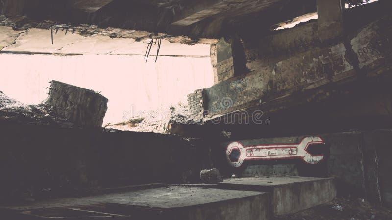 electro edificio abandonado de la estación - efecto del vintage imagen de archivo libre de regalías