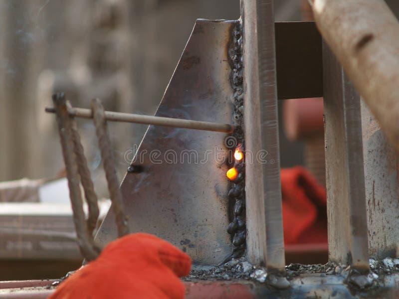 Electro soldadura al arco fotografía de archivo