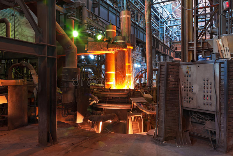 electroarc熔炉冶金工厂 免版税库存照片