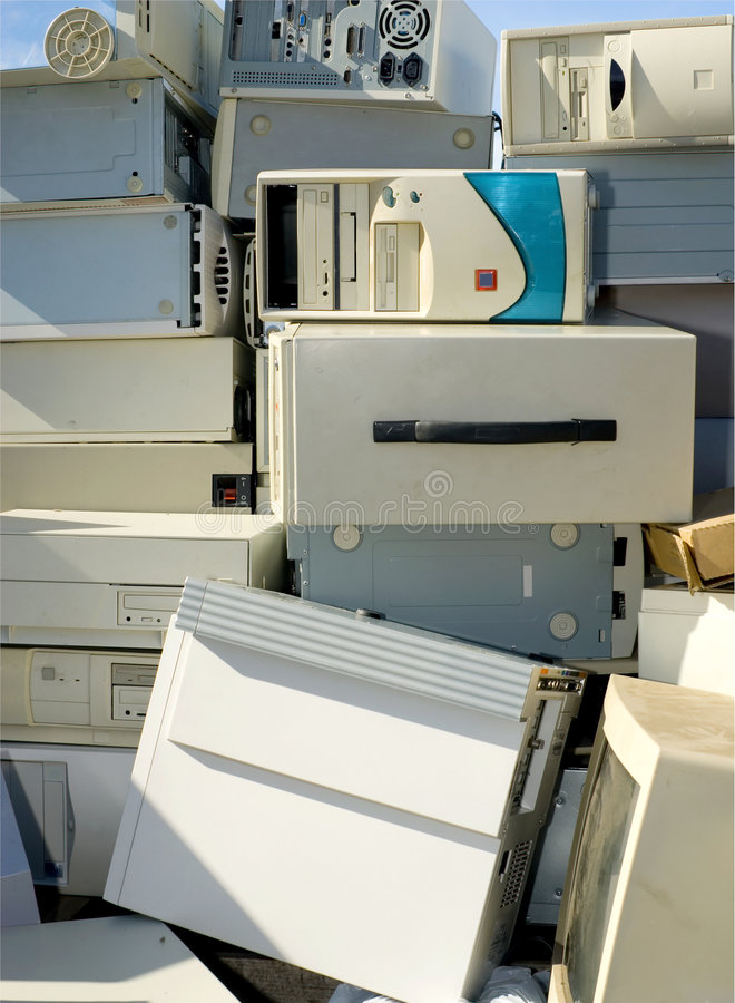 Free Electronics Wasteland Royalty Free Stock Photography - 4025807