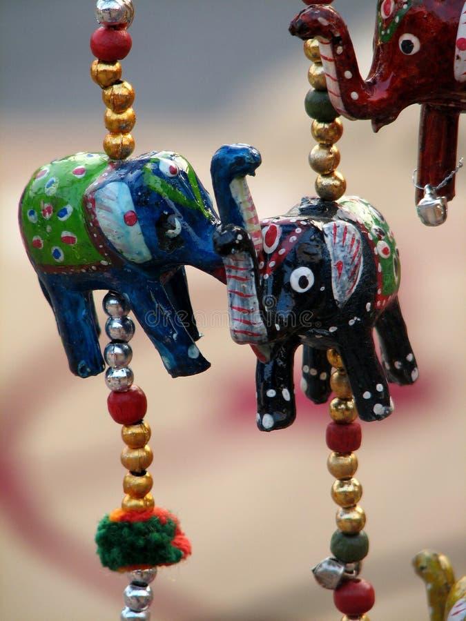 Elefante d'attaccatura immagine stock
