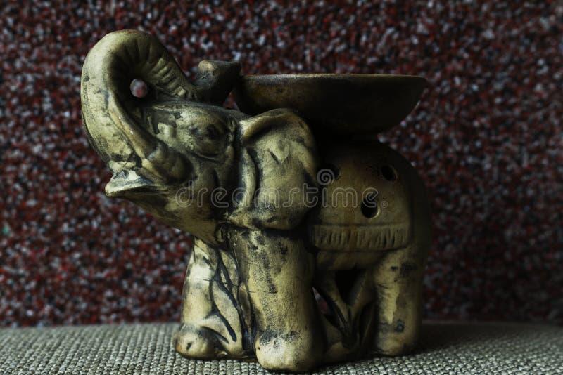 Elefante de la baratija fotos de archivo libres de regalías