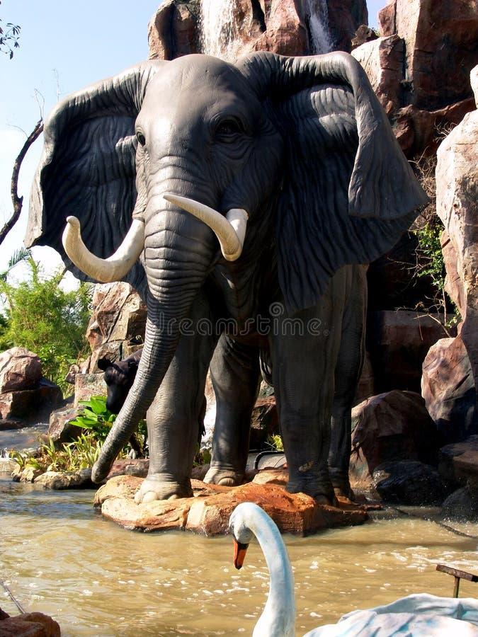 elefantparktema royaltyfri bild