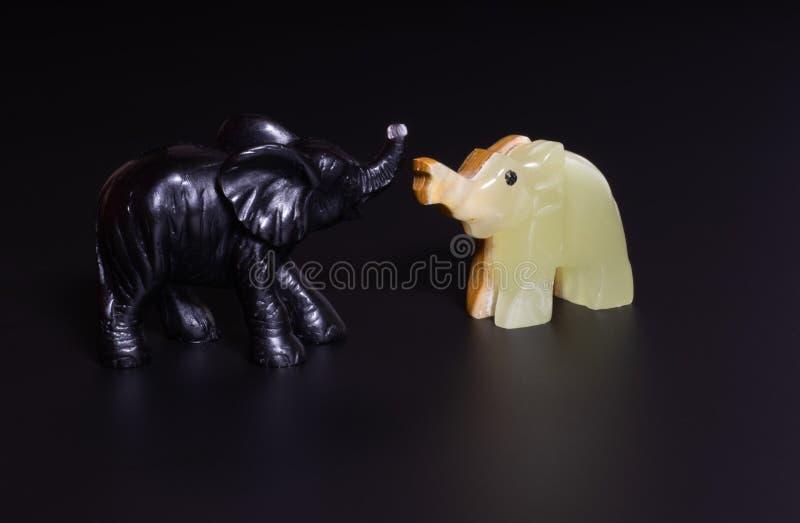 Elefantstatyett arkivbilder