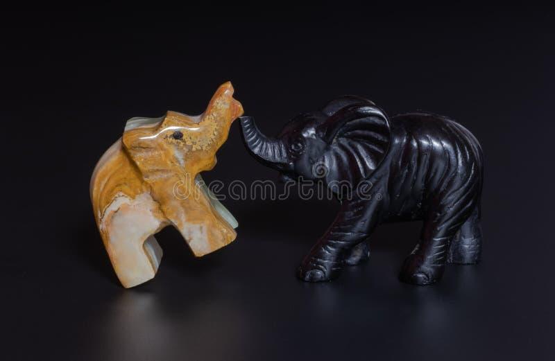Elefantstatyett arkivbild