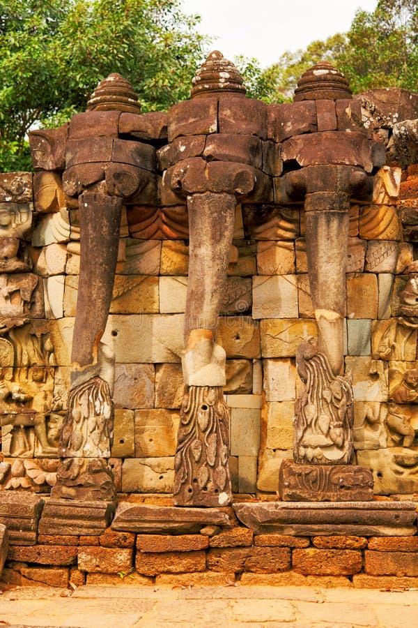 Elefantterrass, Ankgor Thom royaltyfria foton
