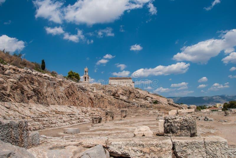 Elefsina, de plaats van een acient heiligdom waar de Eleusinian-Geheimen van geheimenelefsinian elk jaar rond t plaatsvonden royalty-vrije stock afbeeldingen