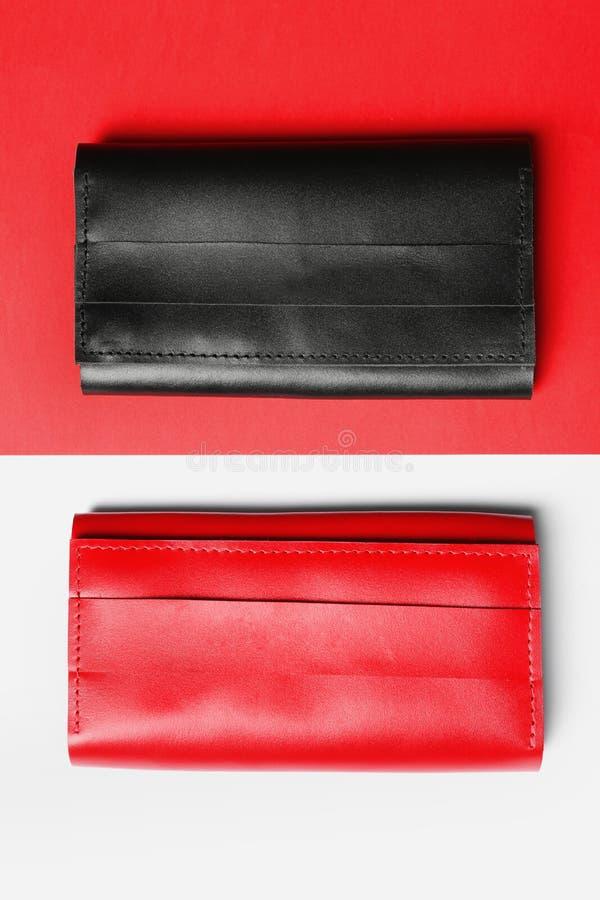 Eleganccy portfle na koloru tle zdjęcia stock