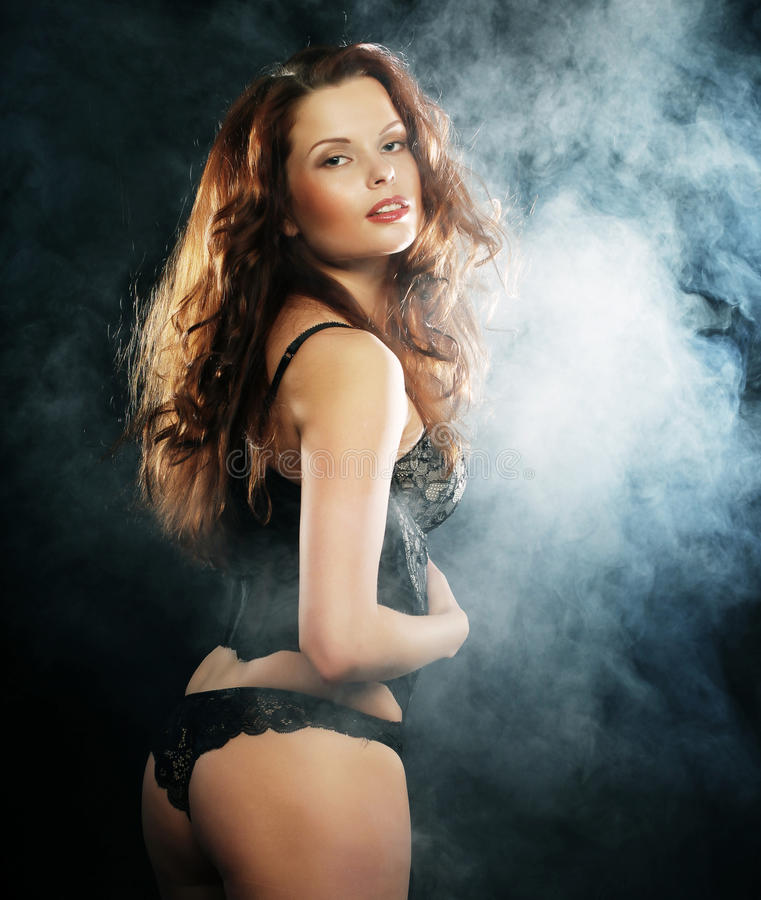 Download Elegance Lady Dancing In The Night Club Stock Image - Image: 39697793