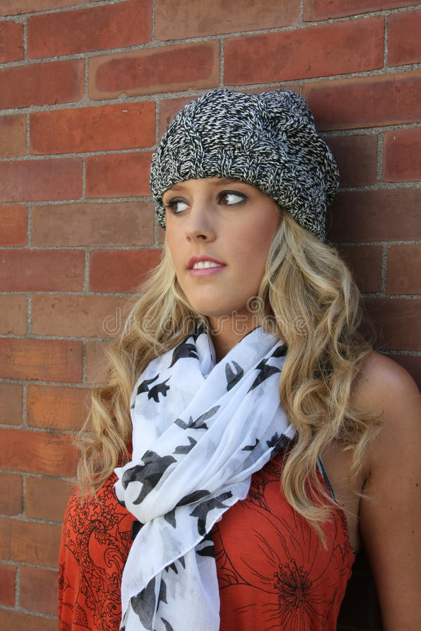 elegancka blond dziewczyna fotografia royalty free