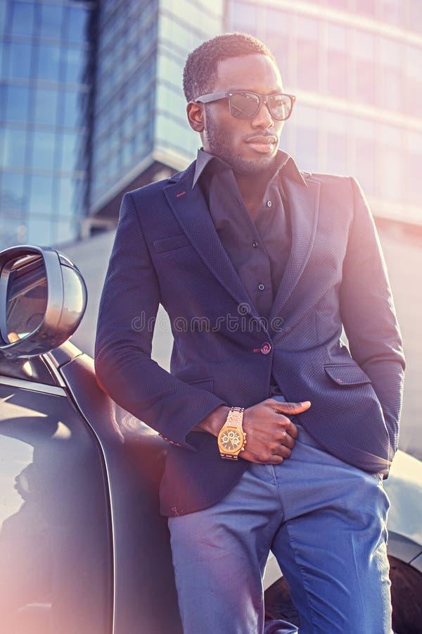 Elegancka czarna Amerykańska samiec obraz royalty free