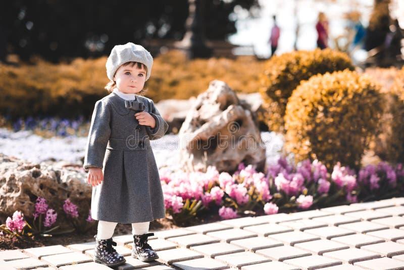Elegancka dziewczynka zdjęcie royalty free