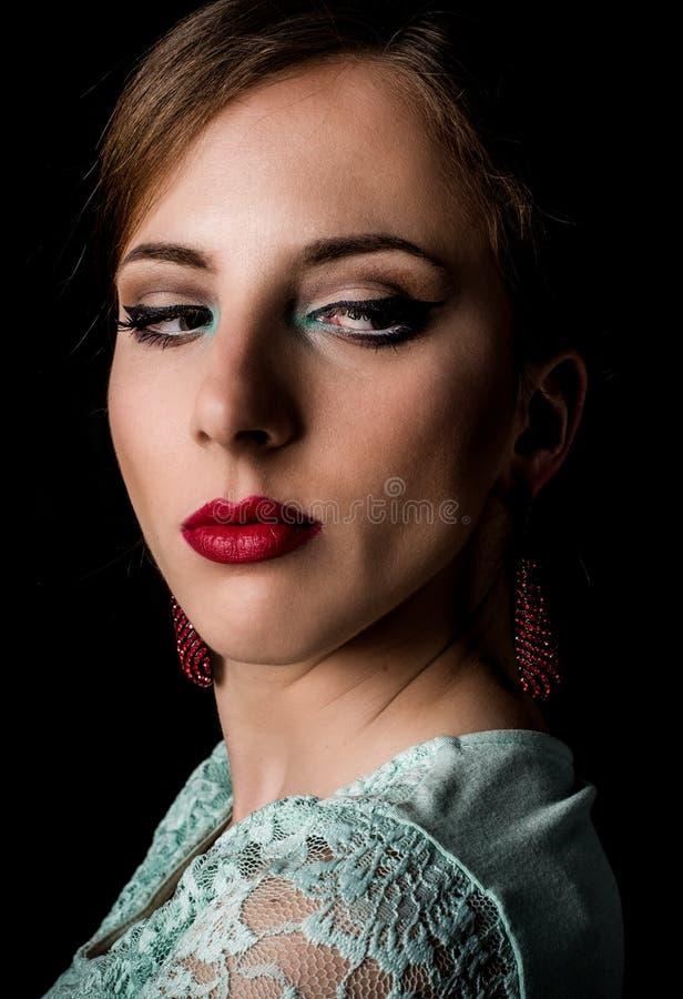 Elegancka kobieta Gapi się przy Dolną prawicą rama zdjęcie royalty free