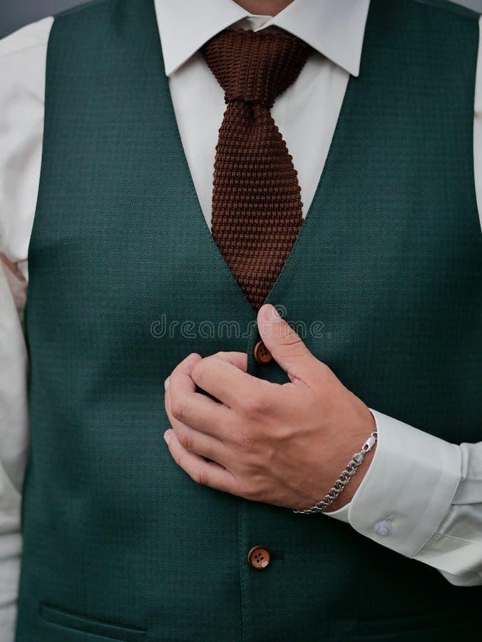 Elegancka zielona fornal kurtka w górę obraz stock