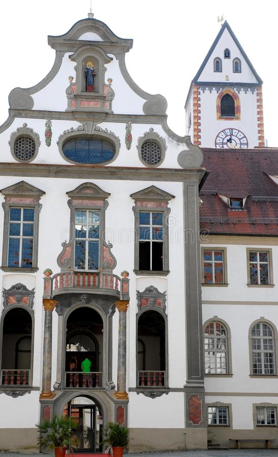 Elegancki budynek w centrum Fussen w Bavaria (Niemcy) obraz stock