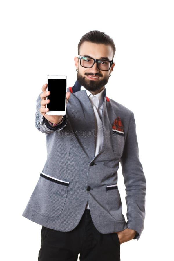 Elegancki facet opowiada na telefonie na białym tle z szkłami obrazy stock
