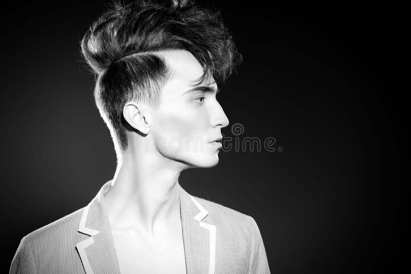 Elegancki pionowy włosy fotografia stock