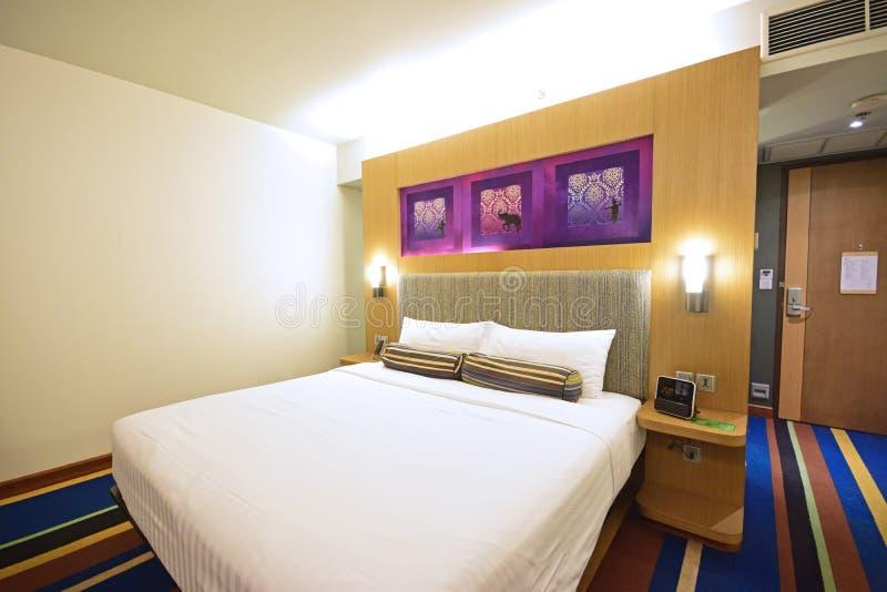 Elegancki Podstawowy Ostry Modny pokój hotelowy w Bangkok obraz royalty free