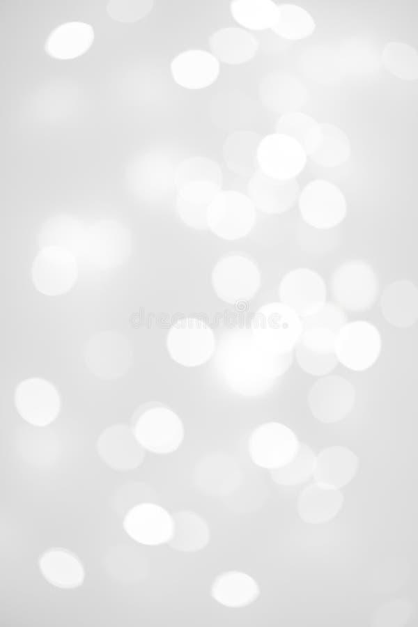 Eleganckiego abstrakta srebra Bożenarodzeniowy tło z białym bokeh li obraz royalty free