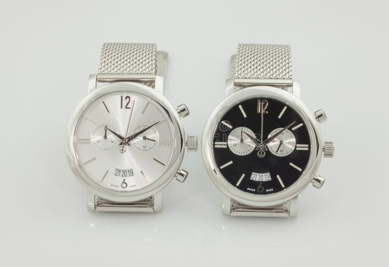 elegant armbandsur två i svart- och whitfärger royaltyfria foton