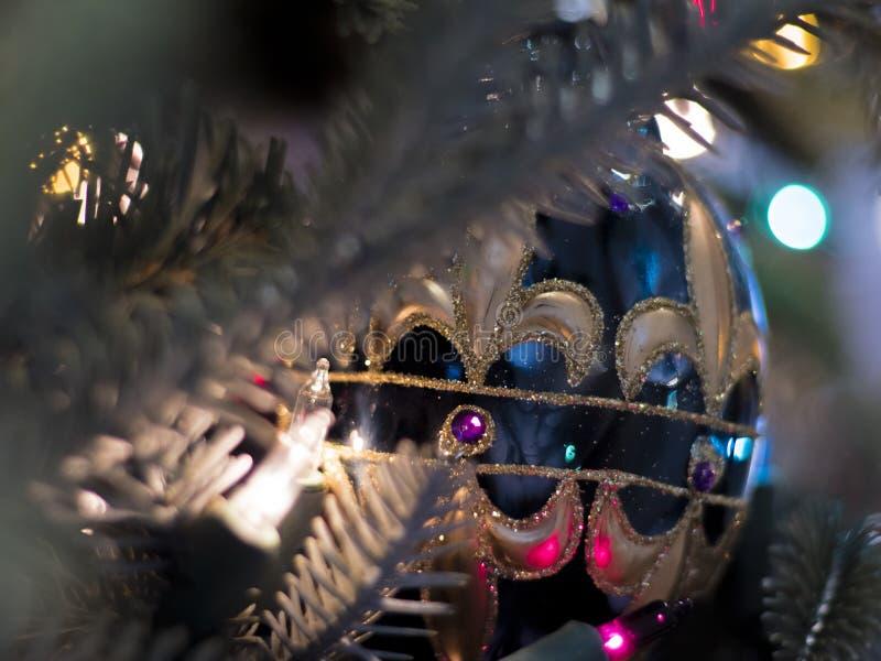 Elegant blåttprydnad för julgran royaltyfri foto