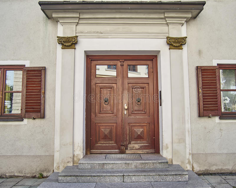 Elegant door, Munchen, Germany. Elegant house door, Munchen, Germany royalty free stock photo