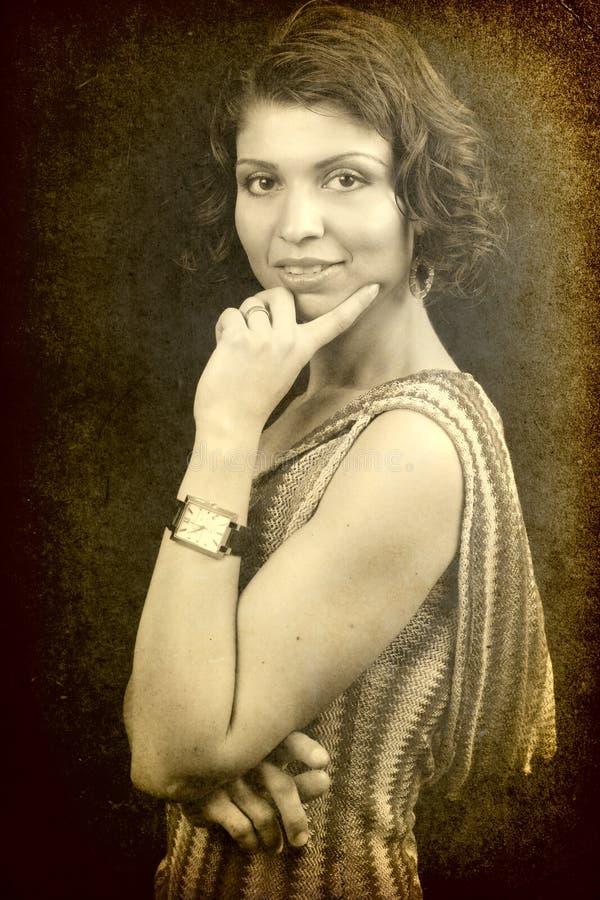 elegant en retro stiltappningkvinna arkivfoton