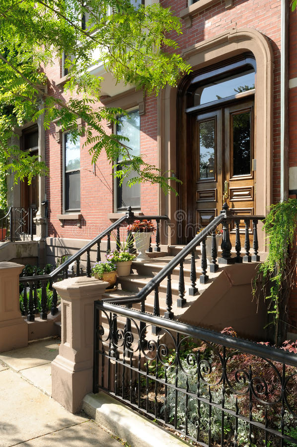 Download Elegant Entrance Of Victorian House Stock Photo - Image: 10076556