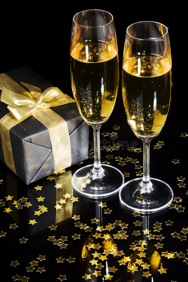 Download Elegant Gift Box And Champagne Flutes Stock Image - Image: 4168663
