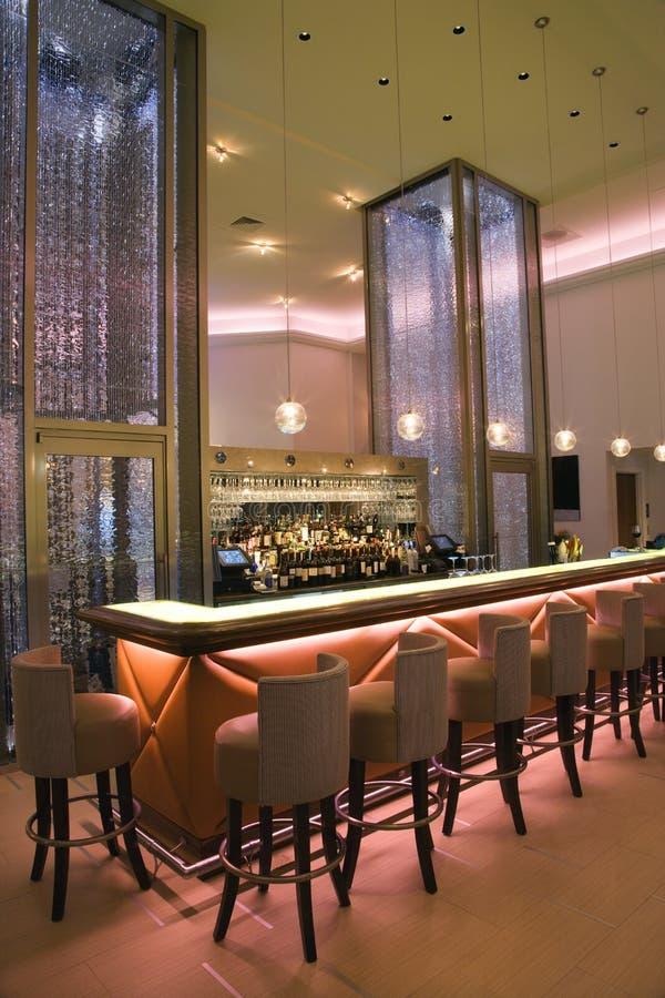 elegant interior för stångcoctail royaltyfria foton