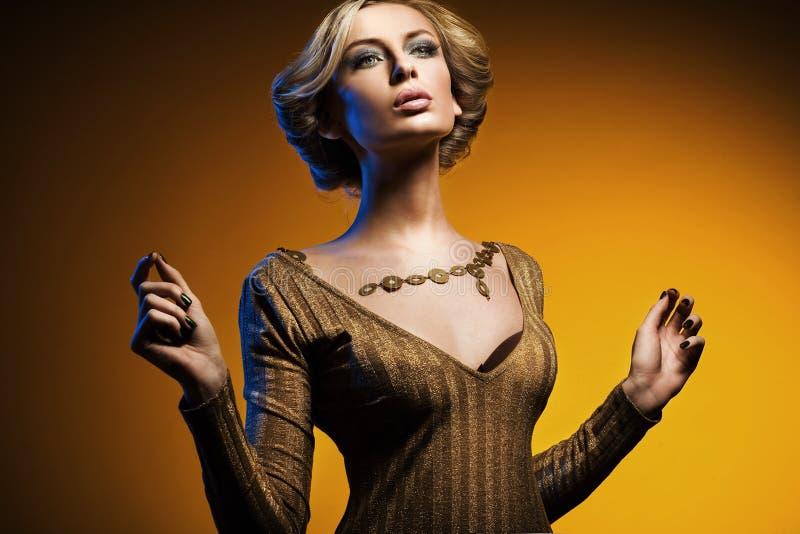 elegant lady fotografering för bildbyråer