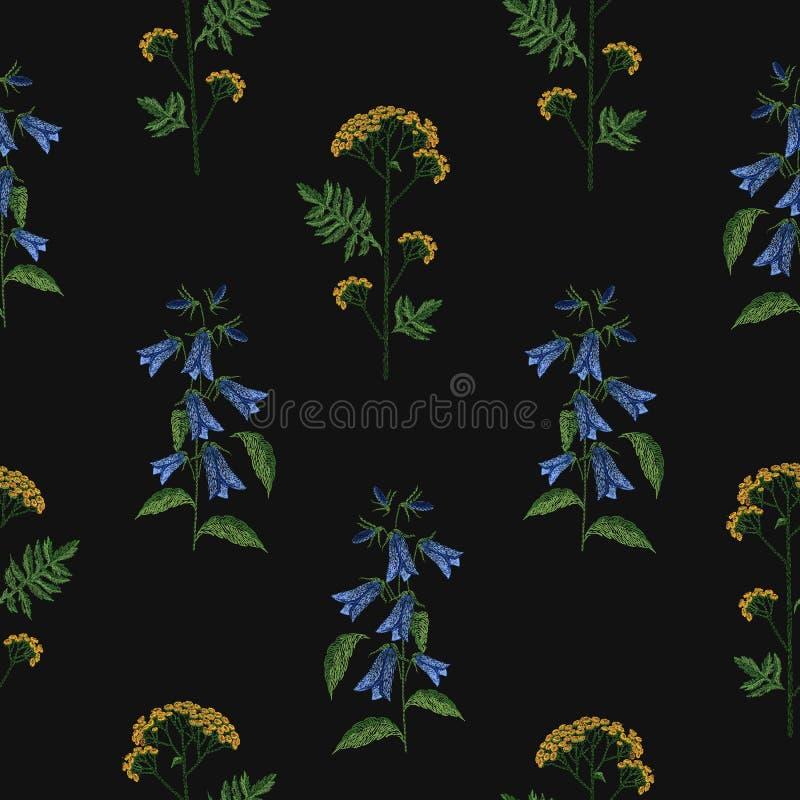 Elegant naadloos patroon met het geborduurde bloeien bellflower en tansy bloemen op zwarte achtergrond Achtergrond met stock illustratie
