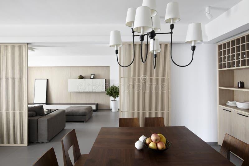 Elegant och bekväm hemmiljö royaltyfria foton