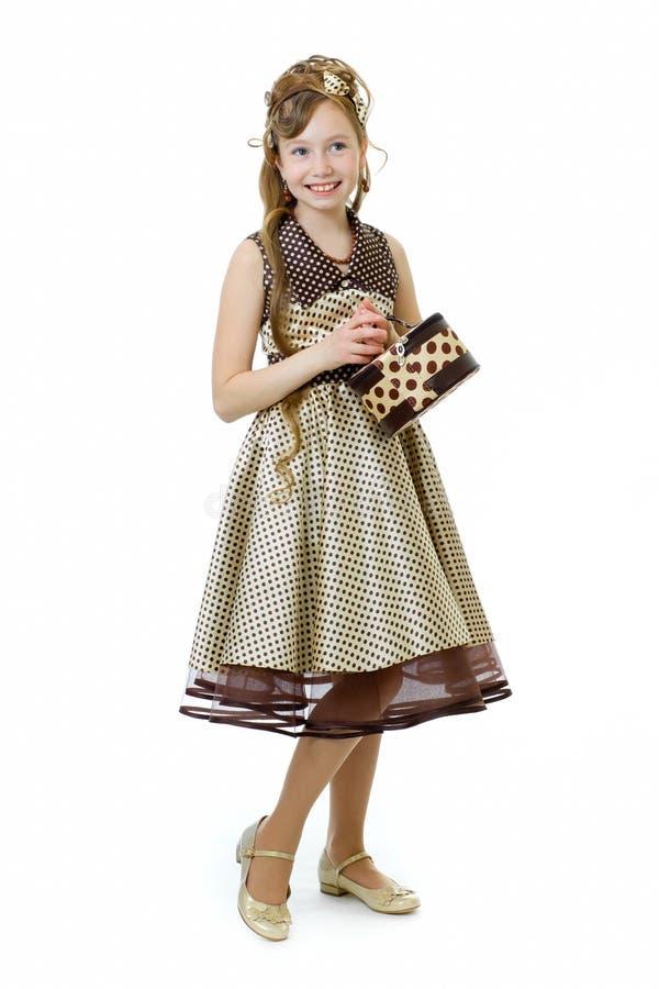 Elegant ouderwets gekleed geïsoleerdc meisje stock afbeeldingen