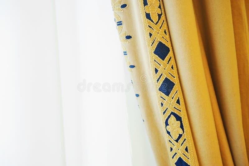 Elegant venstergordijn royalty-vrije stock fotografie