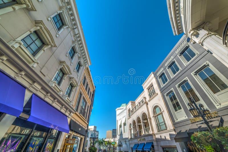 Eleganta byggnader in via rodeon, Beverly Hills royaltyfri bild