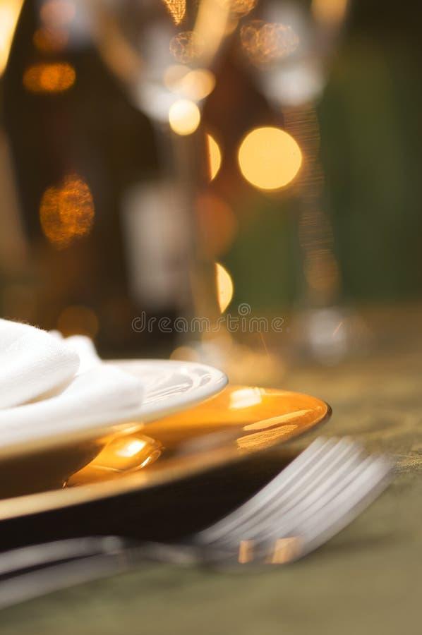Elegante Abendessen-Einstellung stockfotos