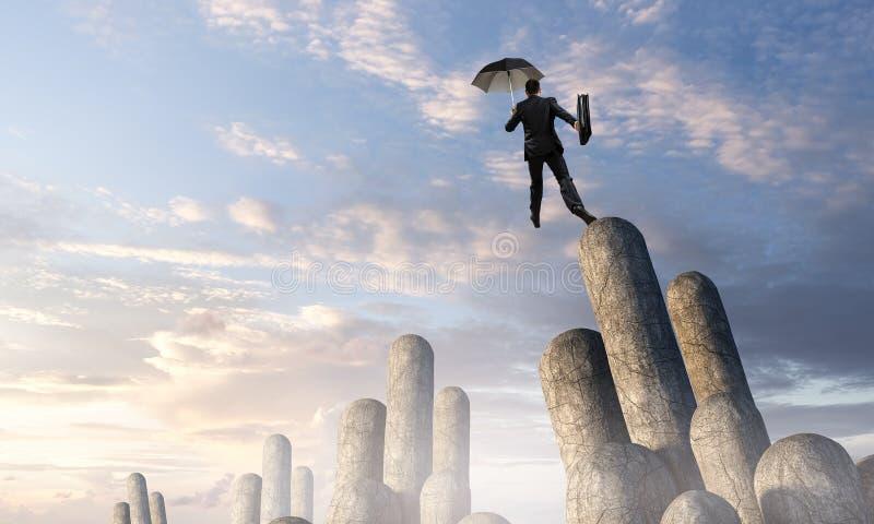 Elegante bankier met paraplu Gemengde media stock afbeeldingen