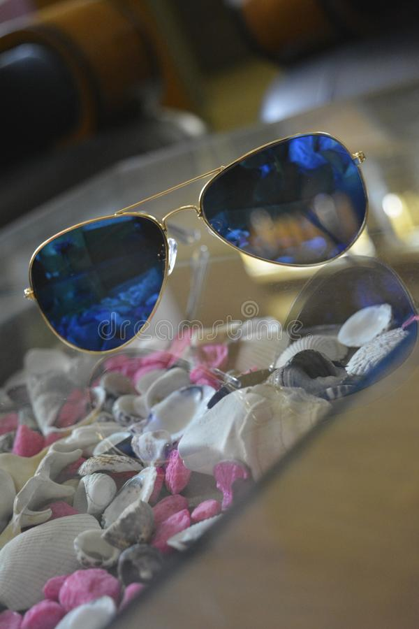 Elegante blauwe kleurenschaduwen royalty-vrije stock foto